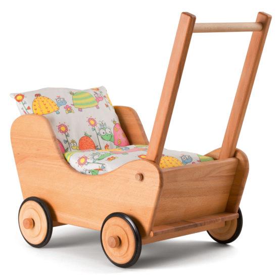 Langlebiger Puppenwagen aus Holz als nachhaltiges Weihnachtsgeschenk für Kleinkinder